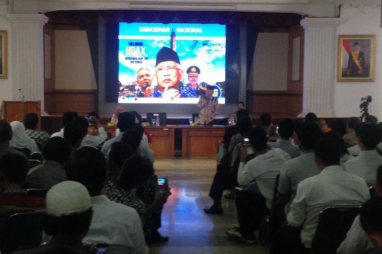 gus-mus-binggung-cuma-di-indonesia-seorang-ulama-jadi-pemimpin-demo