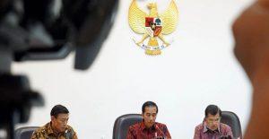 Jokowi Mengirim Tas Baru, Seragam dan Peralatan Sekolah Untuk Siswa SD Bengkayang