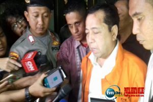 Muncul tanpa benjolan segede bakpao, pengacara Novanto berbohong
