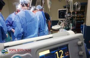 Sedang Operasi, Seorang Dokter Bedah Senior di Arab Saudi Meninggal Dunia